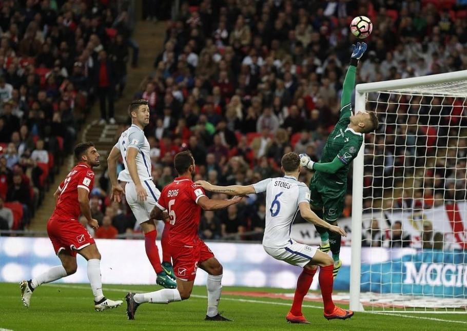 Inglaterra derrota Malta por 2 a 0 - Kisrty Wigglesworth/ AP