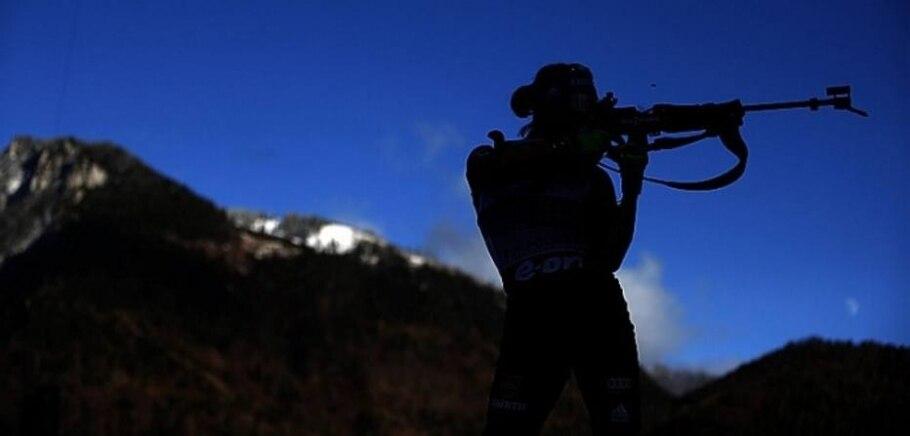 Preparativos para Sochi: Mundial Feminino de Esqui Downhill e Copa do Mundo de Biatlo - Matthias Schrader/AP