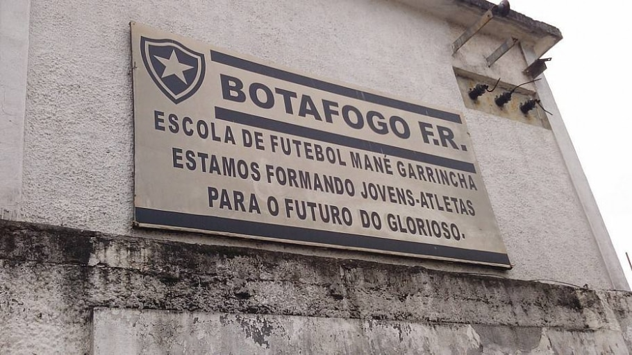 Nova gestão do Botafogo encontra sedes abandonadas - Divulgação