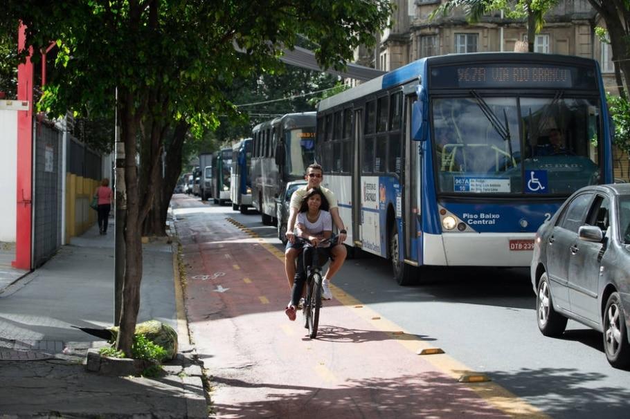 Trânsito em Santa Cecília - TIAGO QUEIROZ/ESTADÃO