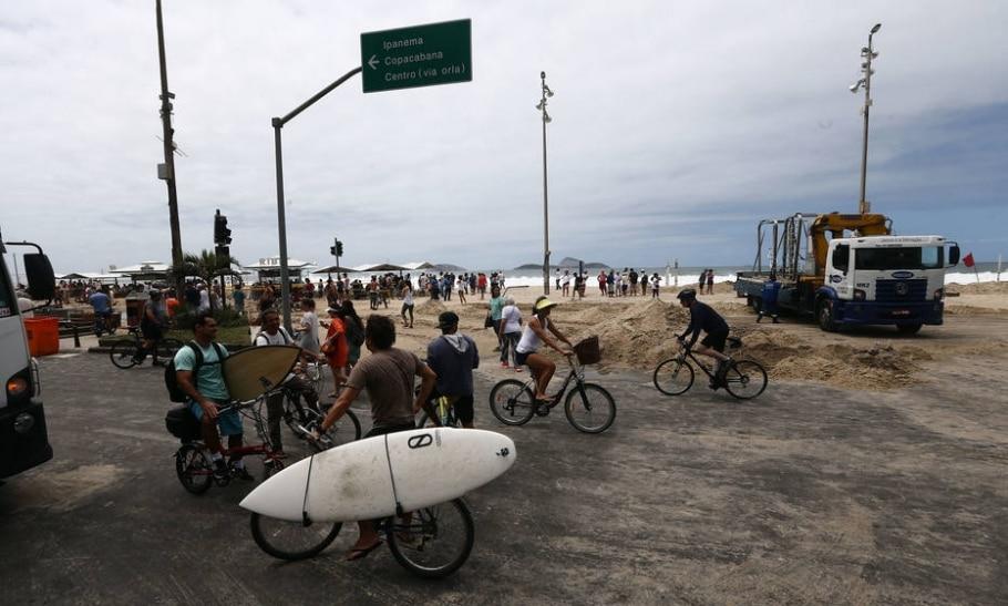 ctv-ilm-ondas-gigantes-inundam - Fabio Motta / Estadão