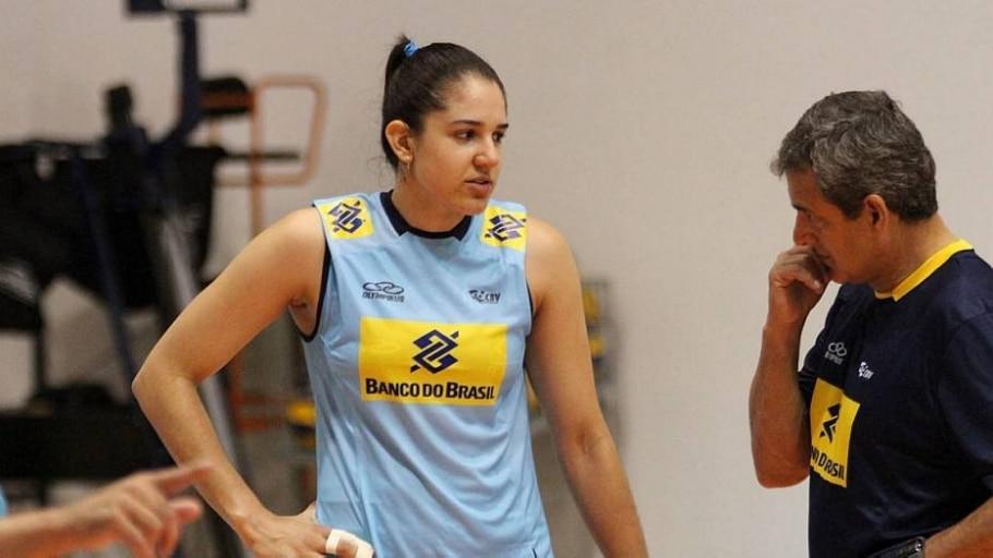 Com o fim do time de Campinas, a jogadora Natália volta ao Rio de Janeiro - Divulgação