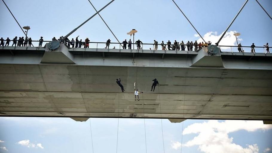 Revezamento da tocha olímpica no Brasil - André Borges/Agência Brasília
