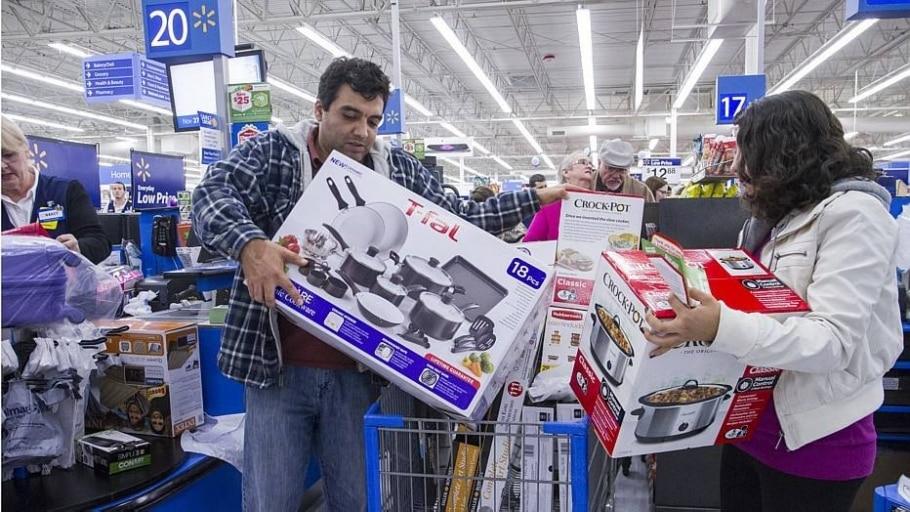 Walmart espera alta de 10% nas vendas em lojas físicas na Black Friday - Gunnar Rathbun/AP