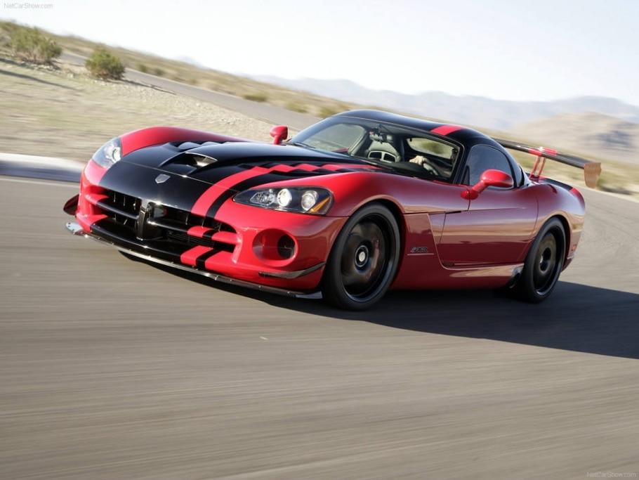 Dodge Viper ACR -