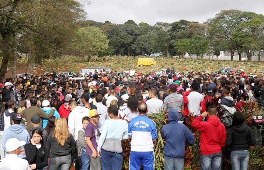 Baleado em show, morre funkeiro MC Daleste - Tiago Queiroz/AE