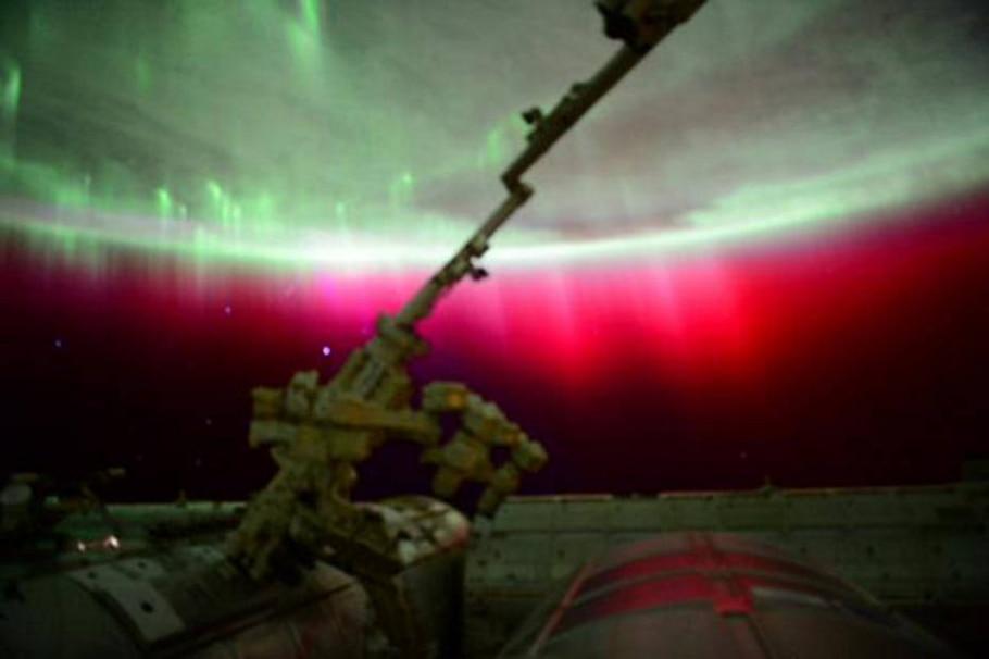 Nasa fotografa a Aurora Boreal no espaço  - AP