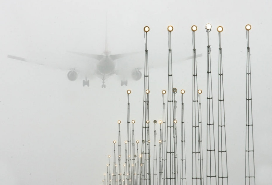 Neblina em Cumbica - Filipe Araújo