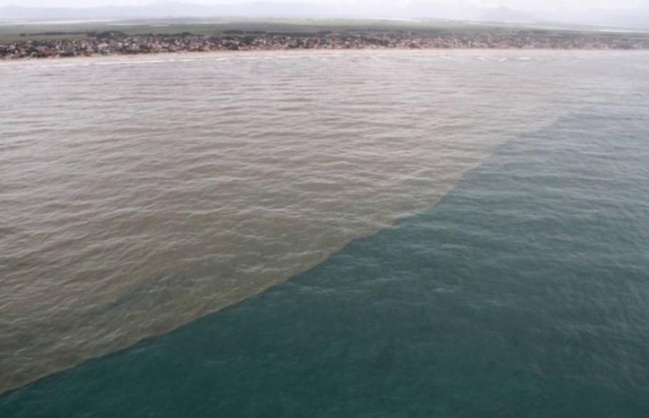 Transpetro diz que Praia de Tramandaí, no RS, está limpa - Robson Alves/Bgd Militar/Divulgação