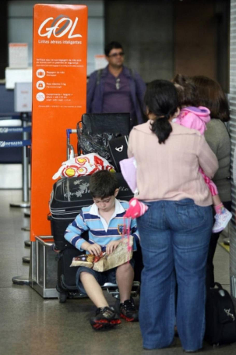 Gol e TAM retomam voos para Argentina - Márcio Fernandes/AE
