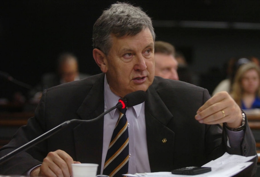 Citado na Lava Jato, deputado do PP diz que vai processar Youssef - Edson Santos/Divulgação