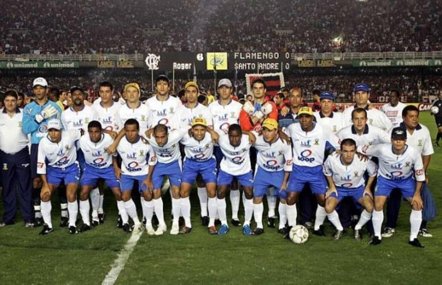 Ainda em 2004, o Santo André foi campeão elminando o Palmeiras e batendo o Flamengo na final - Tasso Marcelo/AE