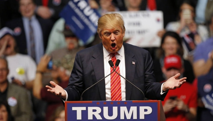 Donald Trump defende construção de muro entre EUA e México, ao custo de US$ 8 bilhões, paga pelos mexicanos - AP Photo/Gerald Herbert)