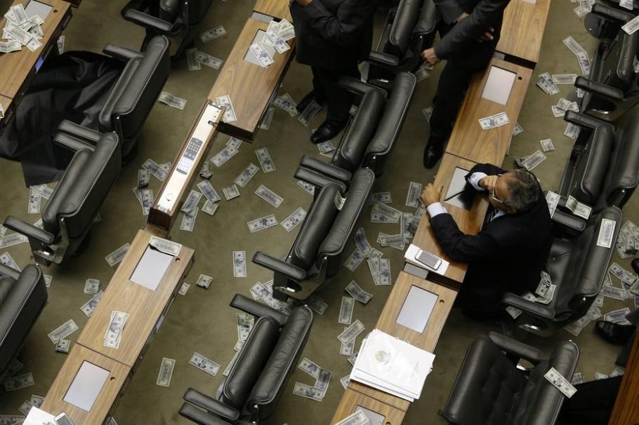 Dólares na Câmara - Dida Sampaio/Estdão