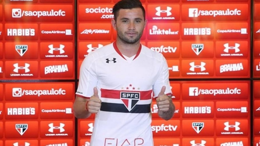Mena é apresentado pelo São Paulo - Rubens Chiri/Divulgação