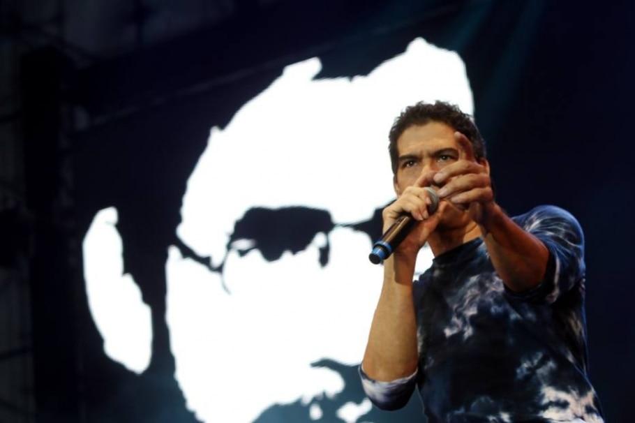 Dado Villa-Lobos em ação no Nívea Rock Brasil - Hélvio Romero | Estadão