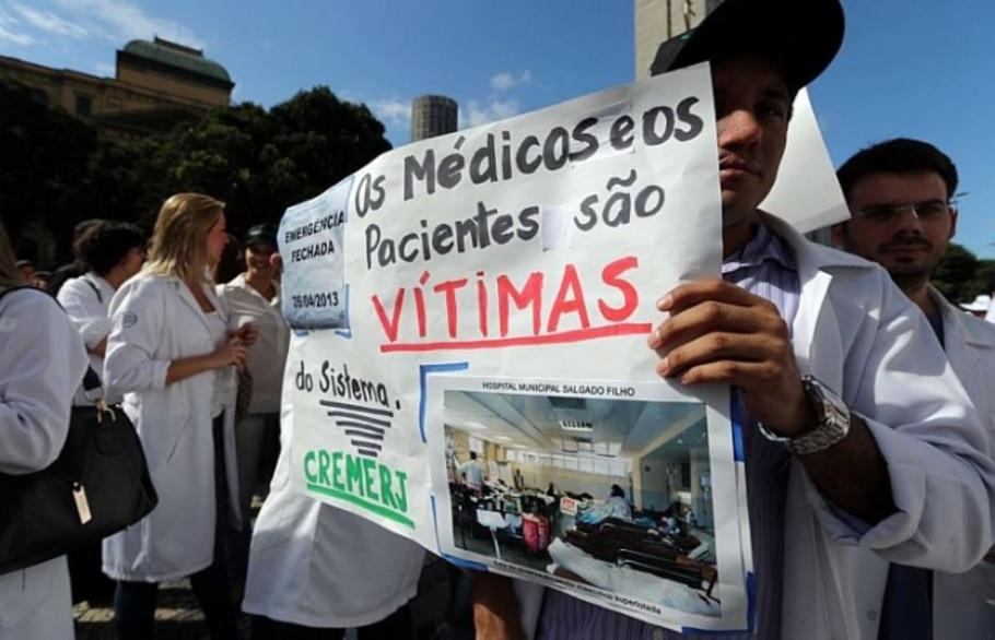 Médicos e caminhoneiros fazem manifestações nesta quarta, 03, em diversos pontos do País - Fábio Motta/AE