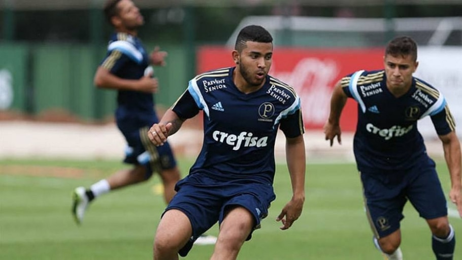 Palmeiras empresta lateral Matheus Muller para o Atlético-GO - Divulgação
