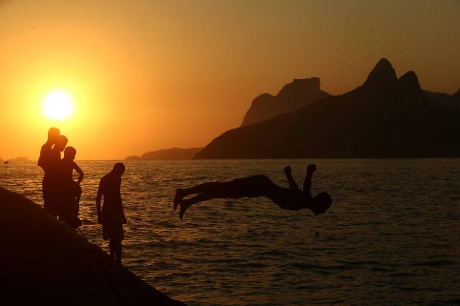 Estrangeiros sofrem com calor no Rio - Wilton Jr/Estadão