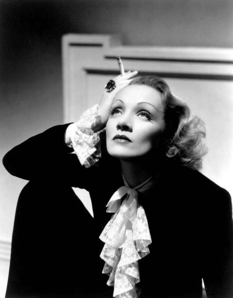 Marlene Dietrich - Div