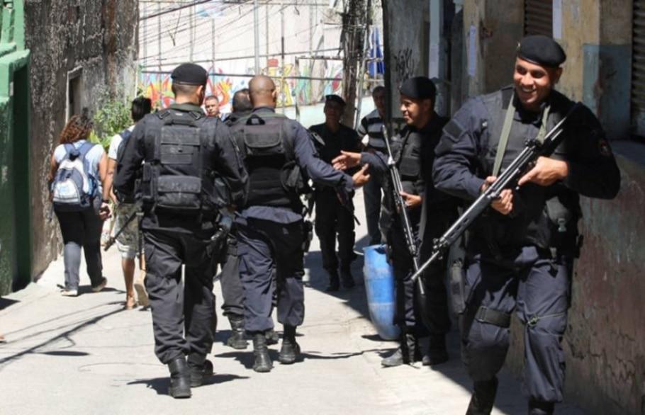Confira imagens da ocupação da favela do Jacarezinho pelo Bope - Tasso Marcelo/AE