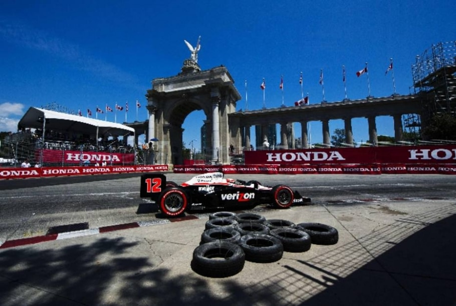 Will Power, da Penske e pole, contorna chicane no treino da etapa de Toronto (CAN) da Fórmula Indy - Mark Blinch/Reuters - 9/7/2011