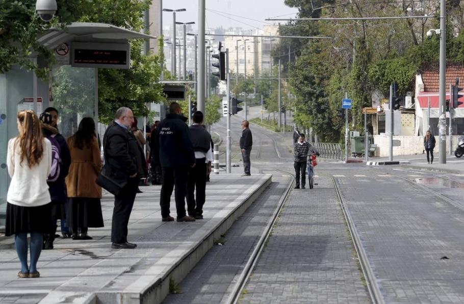 Judeus homenageiam mortos no Holocausto - REUTERS/Baz Ratner