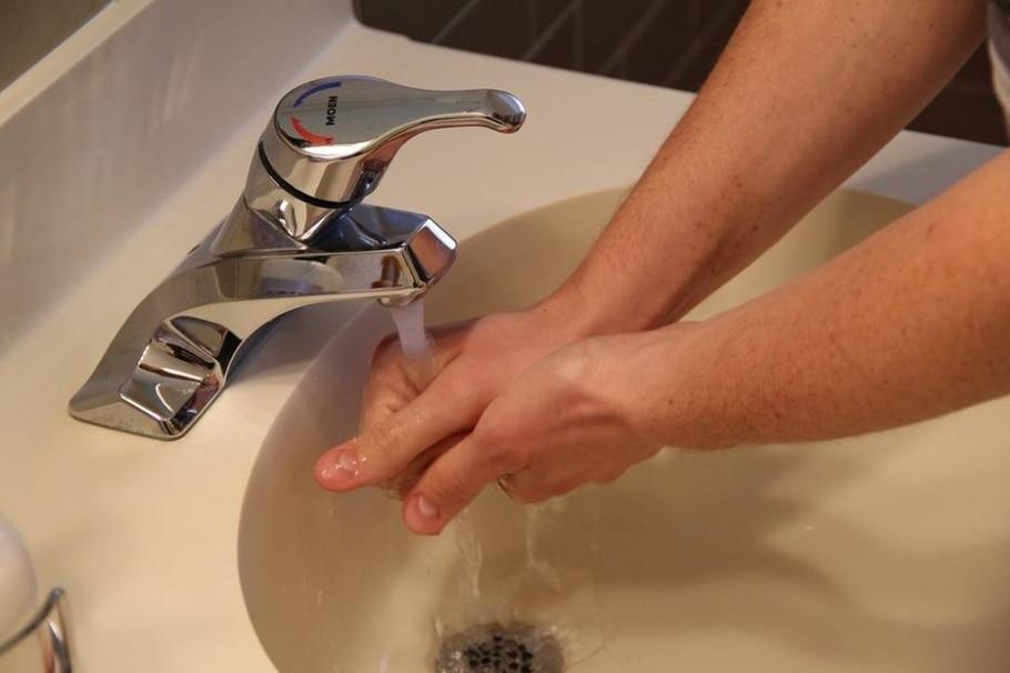 Usar sabonetes antissépticos todos os dias  - Pixabay