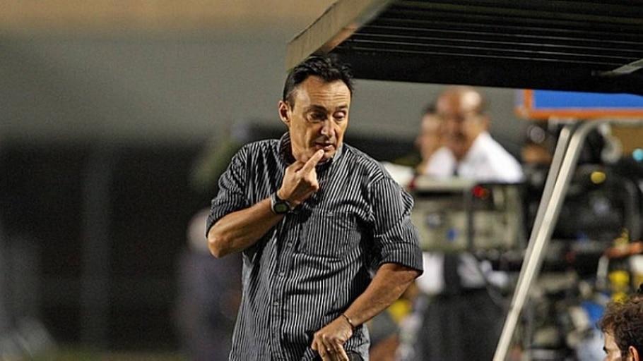 Roberto Fonseca é o novo técnico do ABC - Ernesto Rodrigues/Estadão