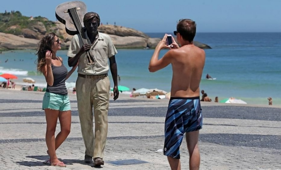 Estátua em homenagem a Tom Jobim - Fabio Motta/Estadão