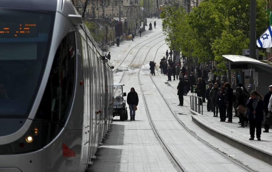 Judeus homenageiam mortos no Holocausto - REUTERS/Ronen Zvulun