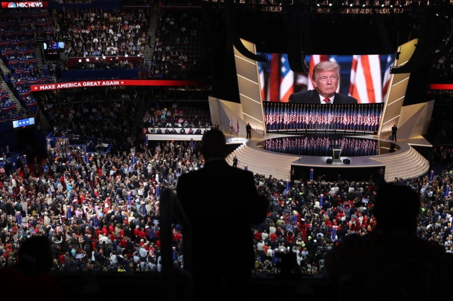 Republicanos assistem discurso de Trump na Convenção Nacional do partido; presidente eleito dos EUA prepara com assessores fala para o dia de sua posse - Sam Hodgson for The New York Times