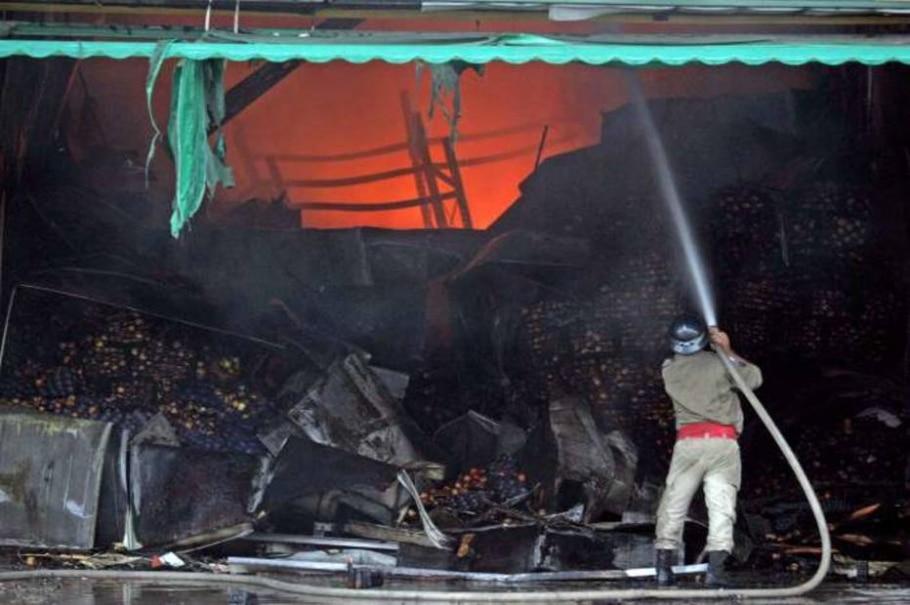 Incêndio na CEASA do Rio de Janeiro - WILTON JUNIOR/AE