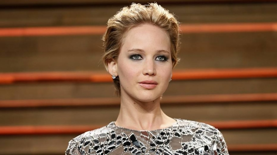 Jennifer Lawrence diz que hackear fotos é crime sexual - Reuters