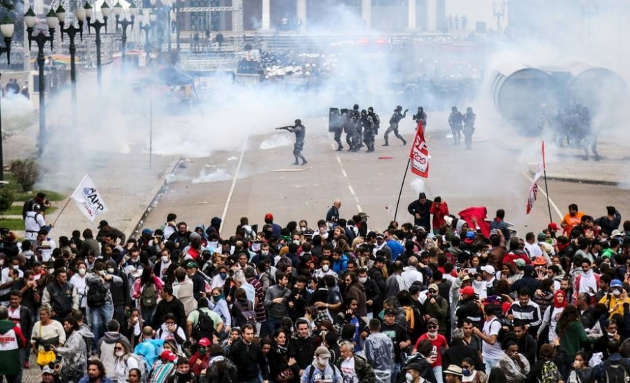 Confronto no Paraná - JOKA MADRUGA/REUTERS