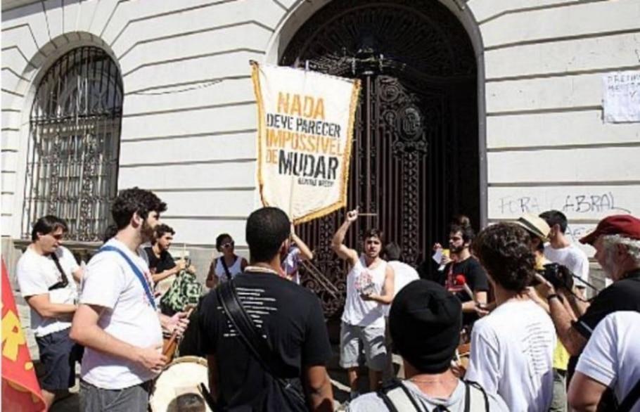 Desocupação da Câmara do Rio - Marcos Arcoverde/Estadão, 10/08/2013