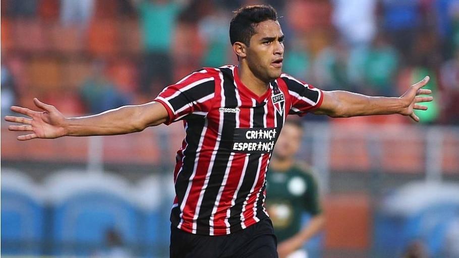 Confira uma seleção de 11 jogadores preteridos pelo técnico na primeira lista - Marcos Bezerra/AE