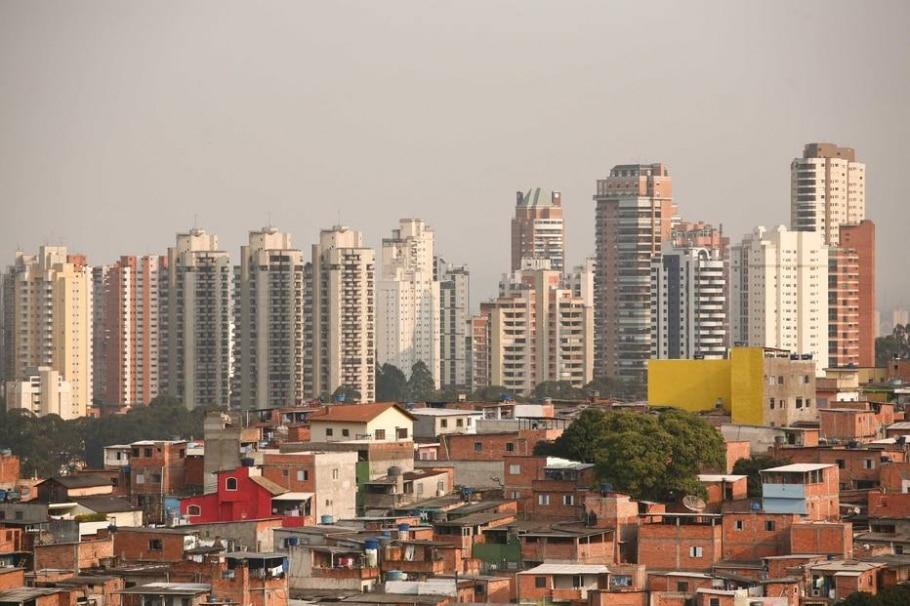 FAVELA  - Daniel Teixeira