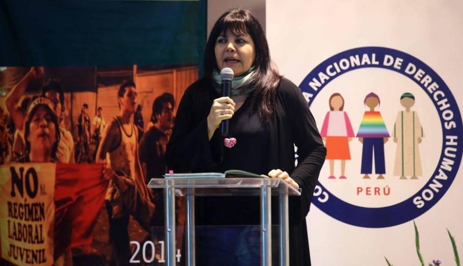 Peru aprova decreto que regulamenta uso de armas de fogo por policiais - EFE / Ernesto Arias