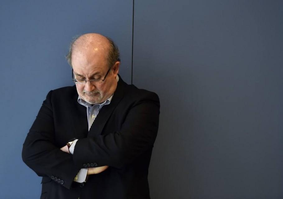 Feira de Frankfurt leva Salman Rushdie, sofre boicote do Irã e dá passe livre a refugiados - AFP PHOTO / GERARD JULIEN