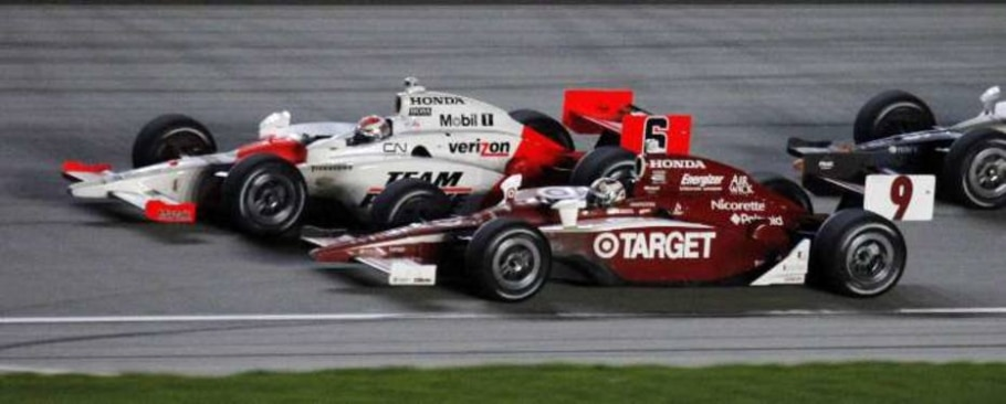 Ryan Briscoe e Scott Dixon chegam juntos na volta final do GP de Chicago - Skip Stewart/AP