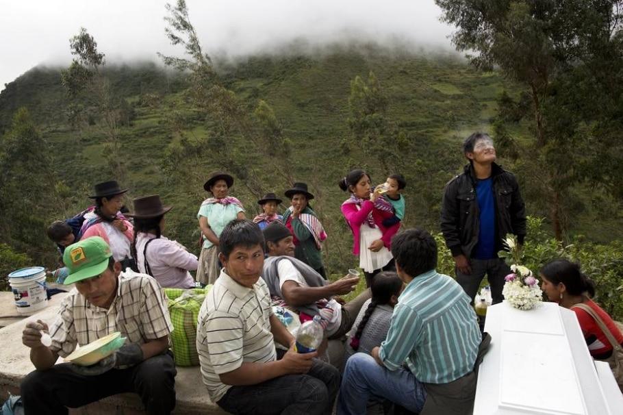 Enterros no Peru  - Rodrigo Abd / AP