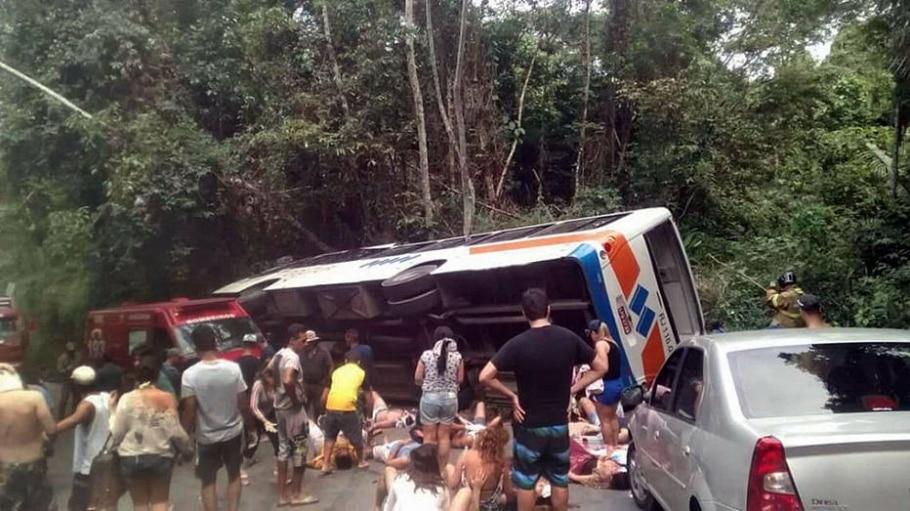 Acidente em Paraty - CARLOS VALIM/FOLHA DO LITORAL NORTE