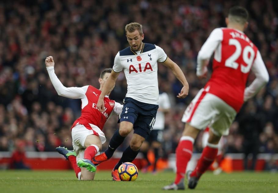 Arsenal e Tottenham empatam em 1 a 1 - Andrew Couldridge/ Reuters
