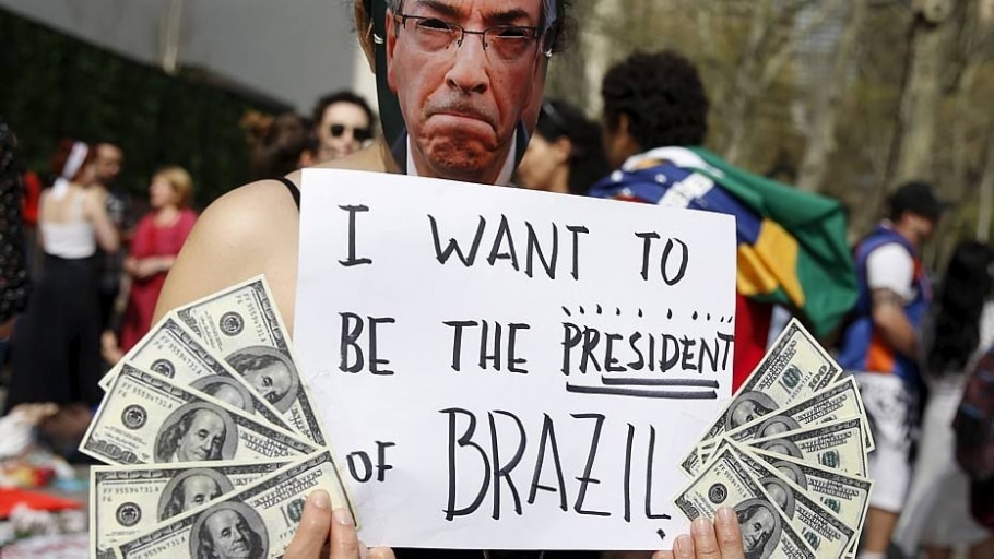 Brasileiros protestam contra crise política em frente à ONU - Shannon Stapleton/Reuters