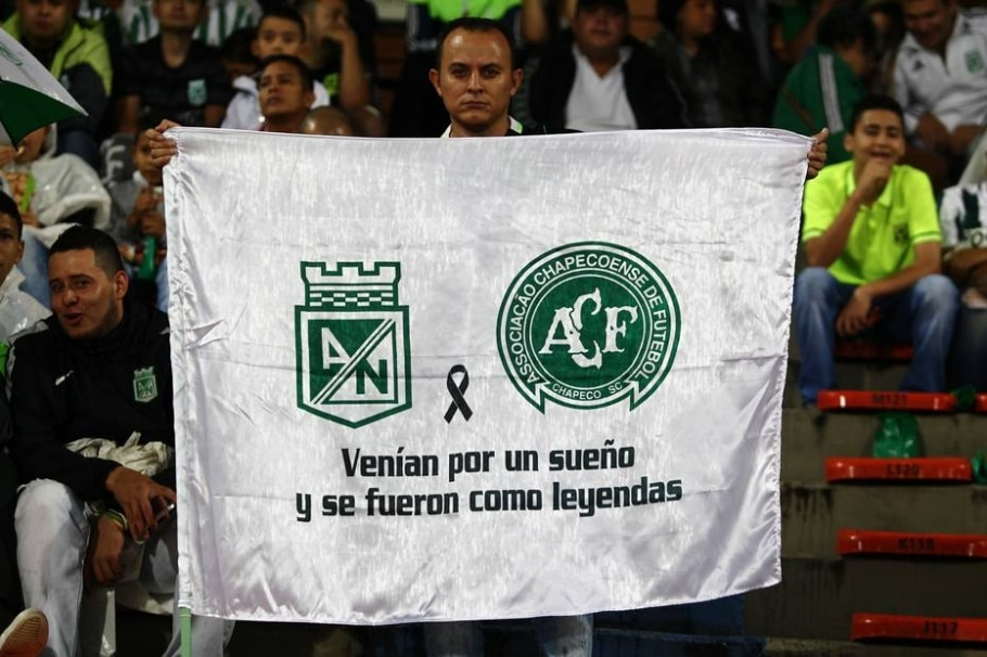 Atlético Nacional homenageia a Chape - Marcio Fernandes/Estadão