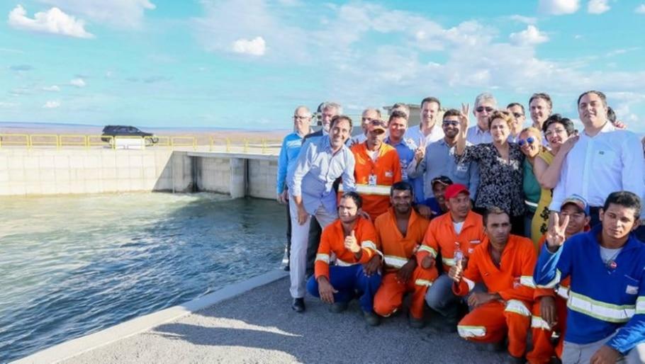 Dilma esteve em inauguração de estação de bombeamento do projeto de Integração do Rio São Francisco, em Floresta, Pernambuco - Roberto Stuckert Filho/PR