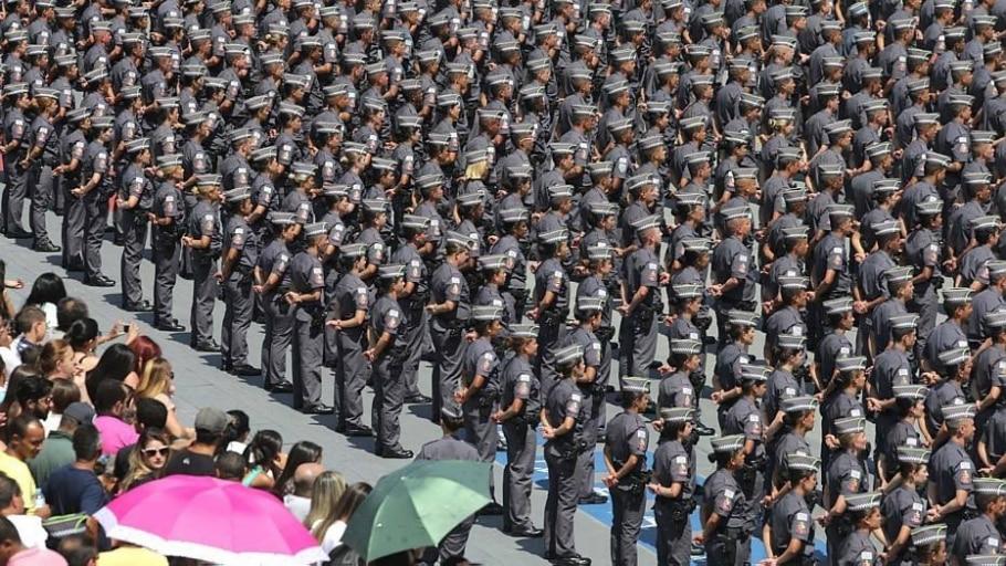 Na sexta-feira, dia 21, 1.598 soldados da PM se formaram - NILTON FUKUDA/ESTADÃO-21/11/2014