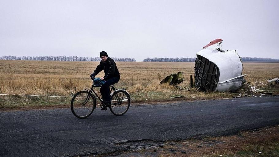 Encontrados mais restos mortais do voo MH17 na Ucrânia - AFP