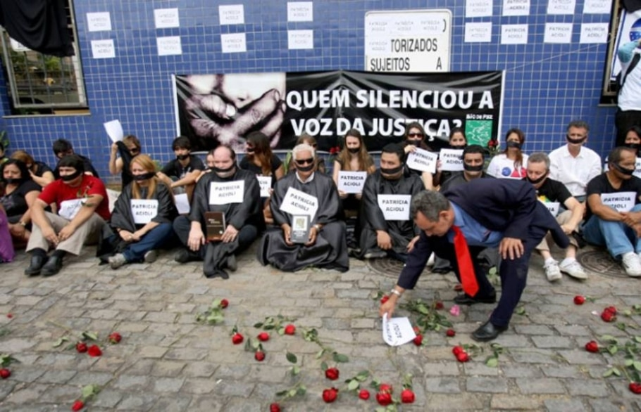 Em setembro, foi responsável pela prisão de quatro PMs acusados de integrar grupo de extermínio - Tasso Marcelo/AE